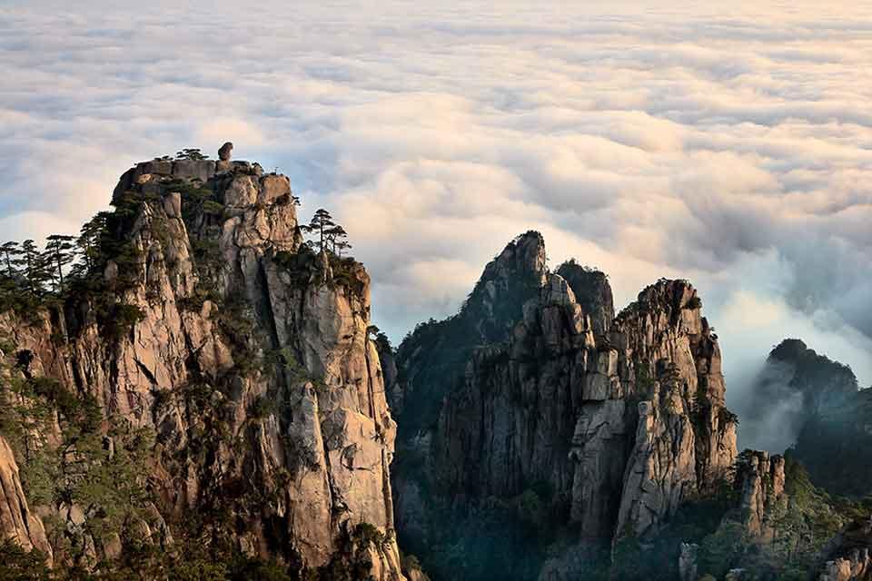 Huangshan-Mountain-