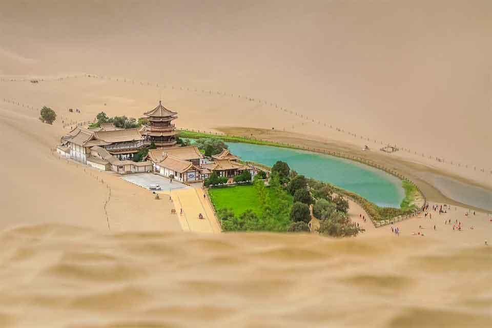 Echoing-Sand-